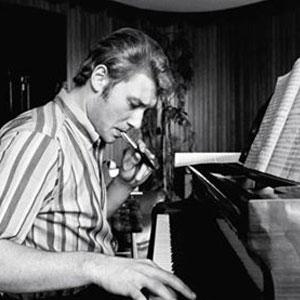 Johnny Hallyday au piano