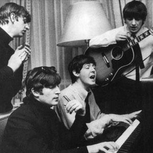 The Beatles au piano